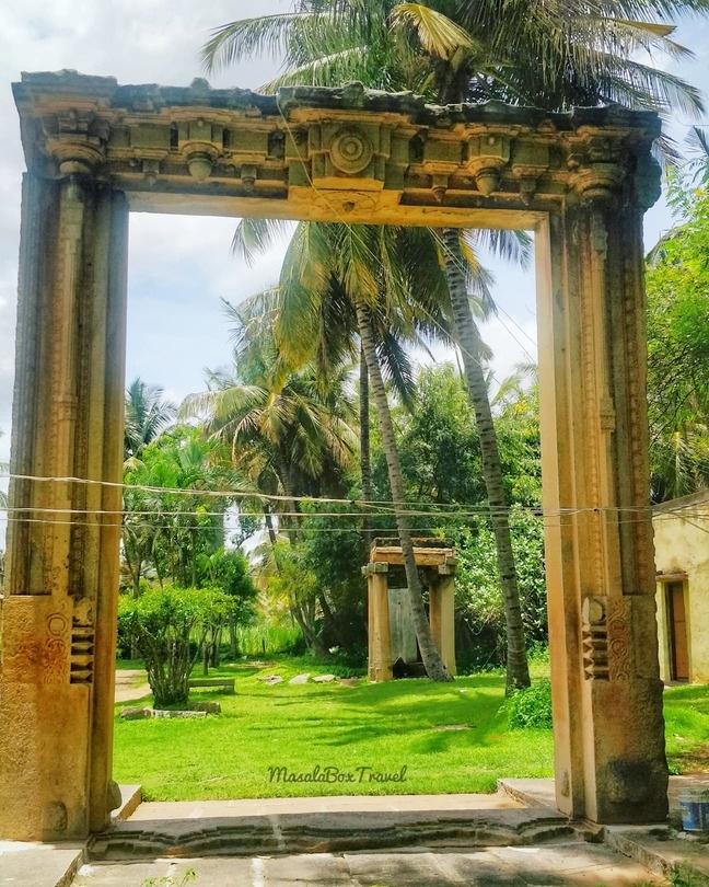 venugopalaswamy temple melukote