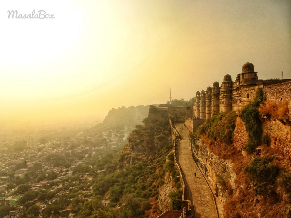 Gwalior Fort – History, Palaces, Temples, and Stories
