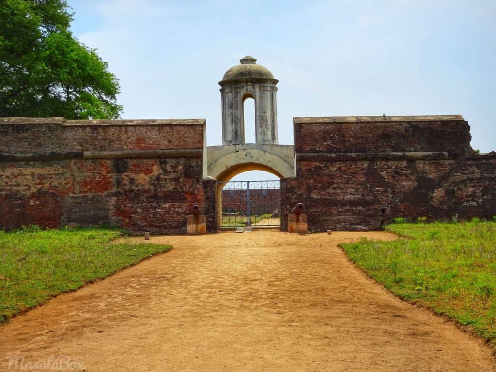 sadras fort entrance