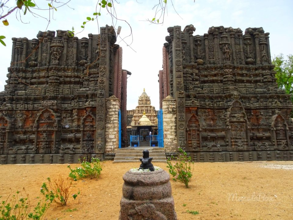 Tadipatri Temples – Poetry in Black Stone