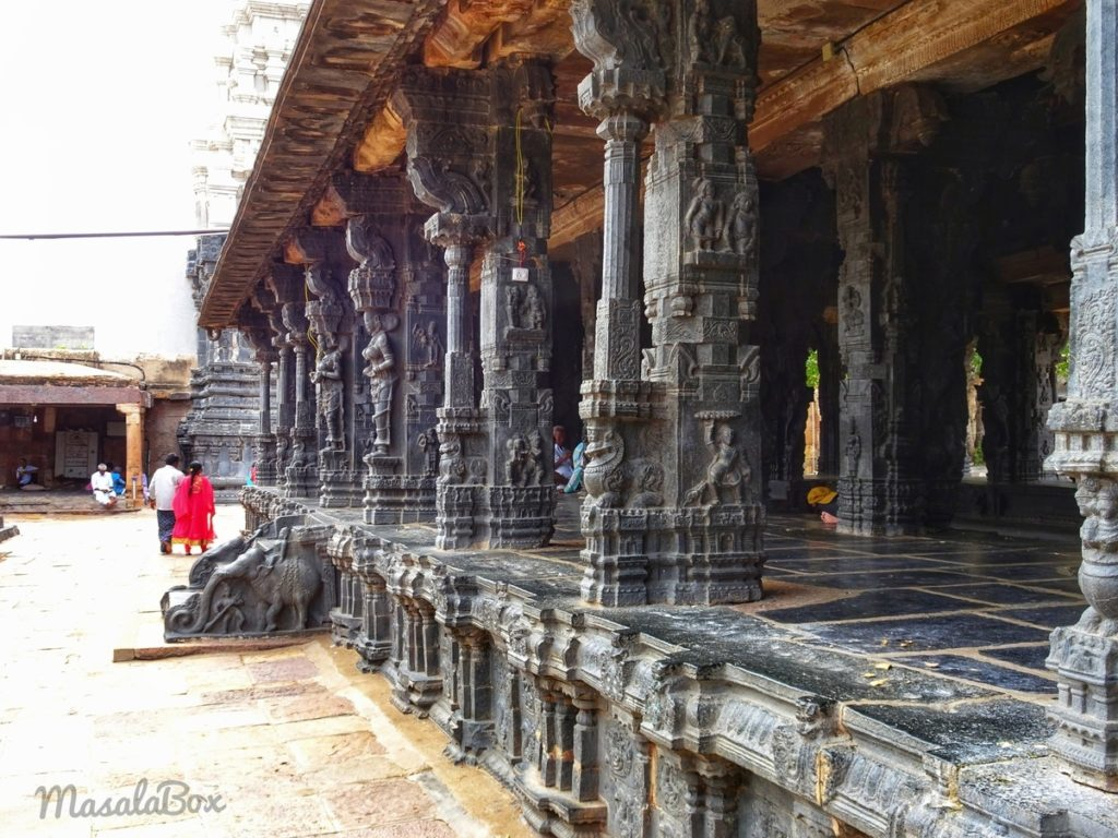tadipatri temple mandapam