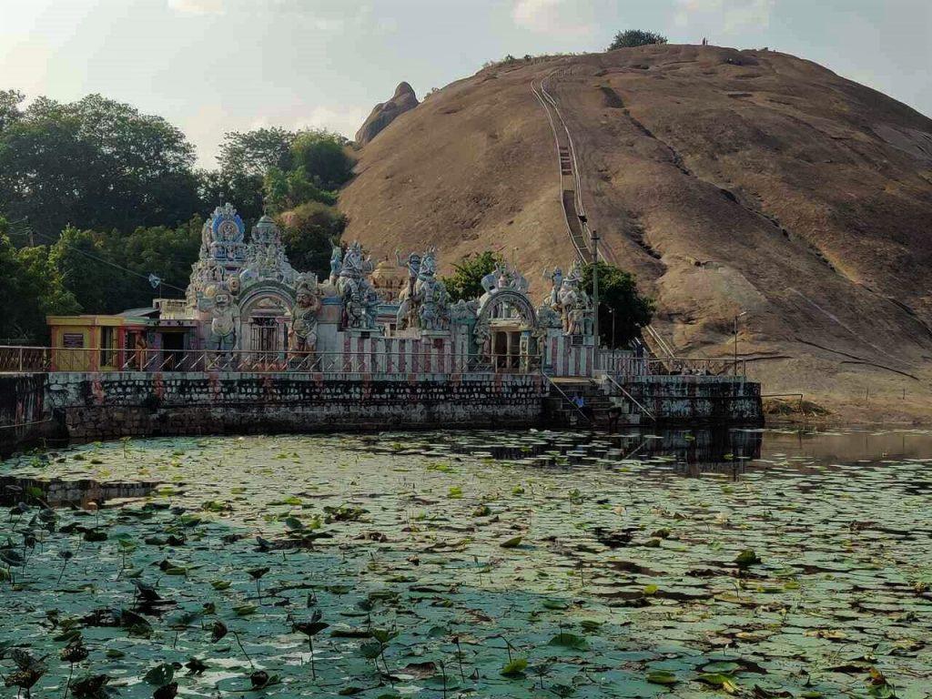 Madurai-Samanar-Hills-Ayyanar-Temple-lake-2-1024x768
